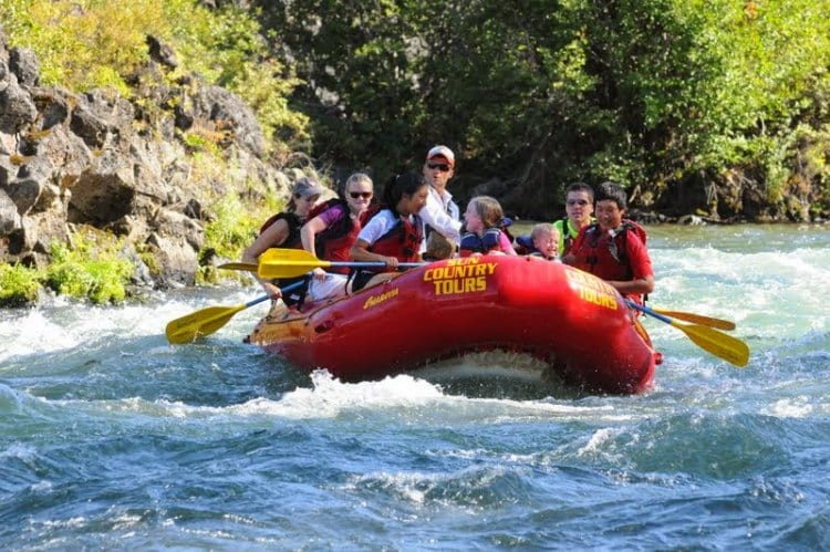 White water rafting Deschutes River in Bend Oregon with Sun Country Tours