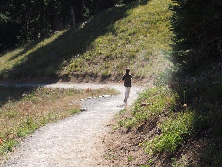 Hiking on Sun Notch Trail at Crater Lake Oregon