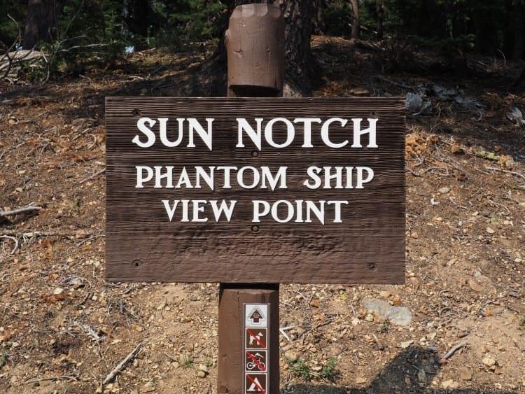 Sun notch trail in Crater Lake Oregon
