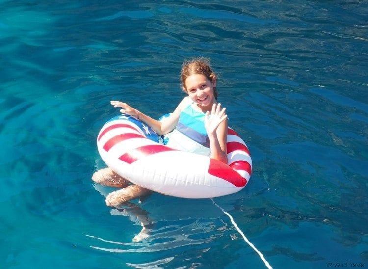 Swimming in the Tyrrhenian Sea