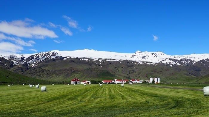 Eyjafjallajökull and farm