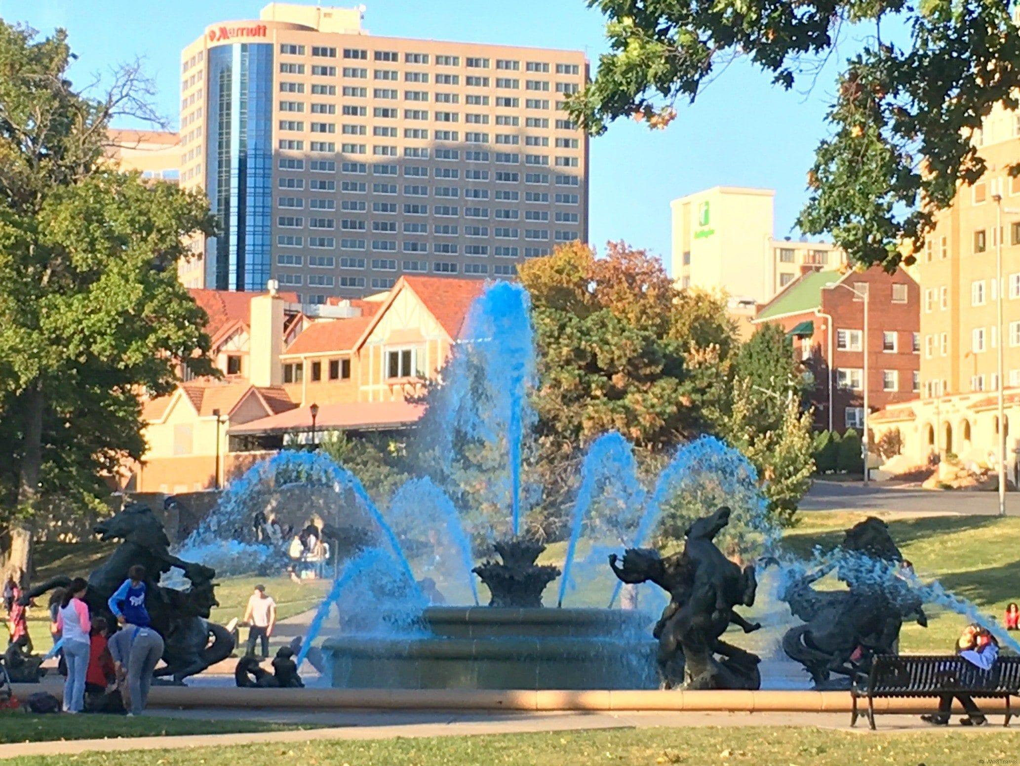 Kansas City Fountain -- what to do in Kansas City with kids