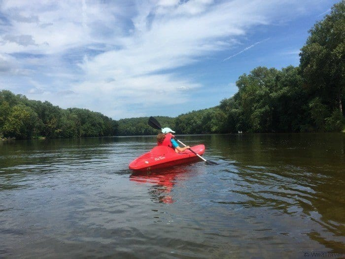 What to do in Charlottesville VA -- kayak along the James River