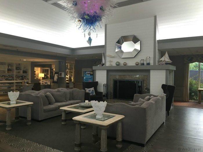 Cape Codder lobby