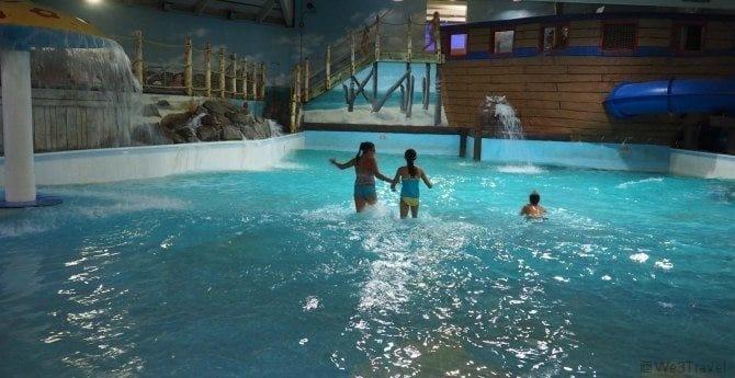 Cape Codder resort wave pool