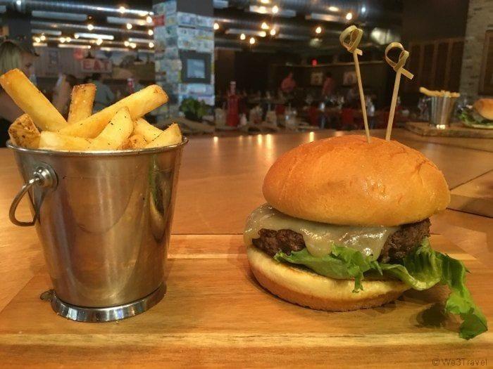 B resort American Kitchen Burger