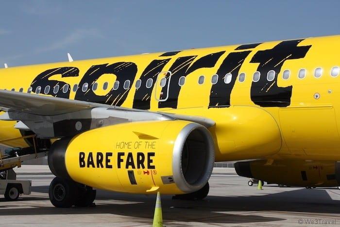 Spirit airlines plane