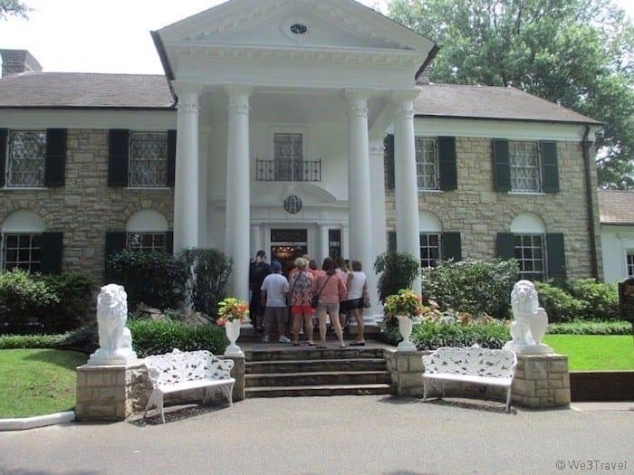 Graceland Mansion in Memphis TN