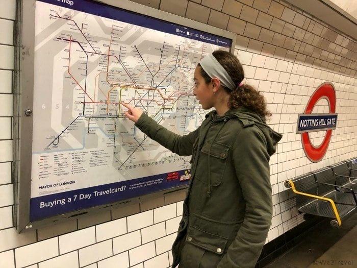 London tube Notting hill