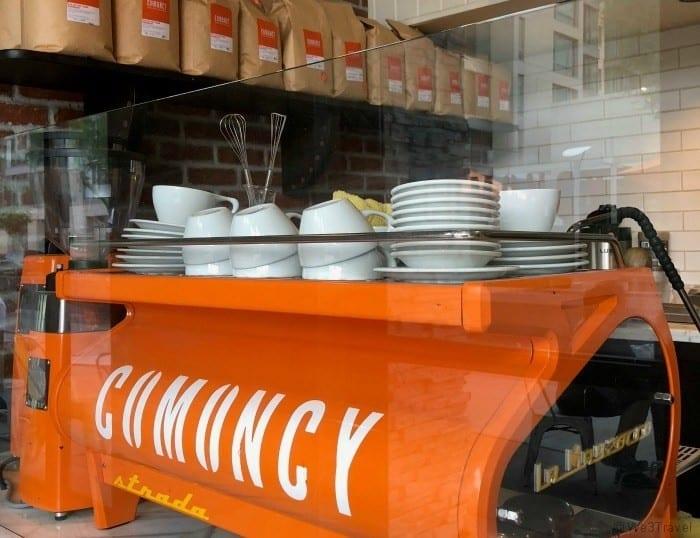 Downtown Scottsdale restaurants Comoncy