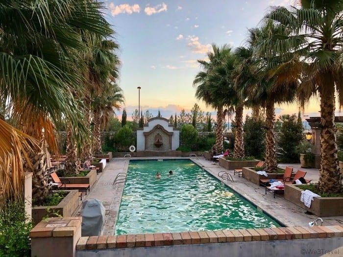 Hotel Encanto Las Cruces pool