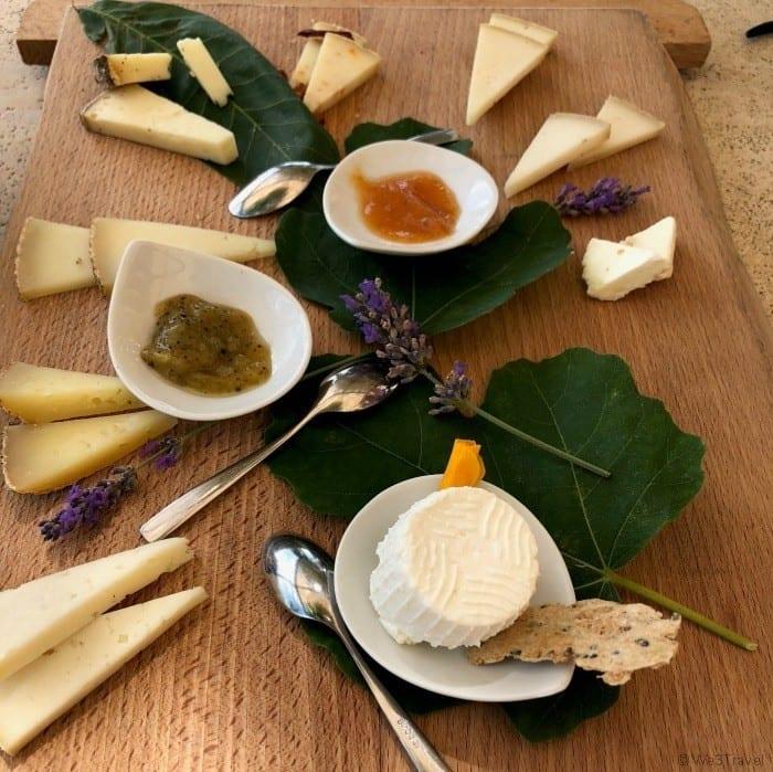 Pienza cheese tasting