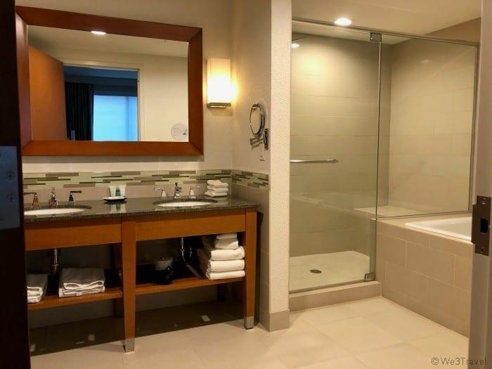 Westin Edina bathroom