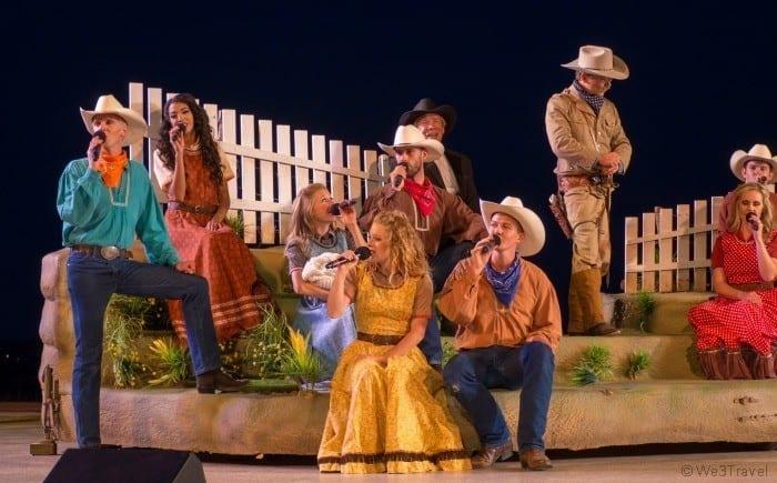 Medora Musical dancers