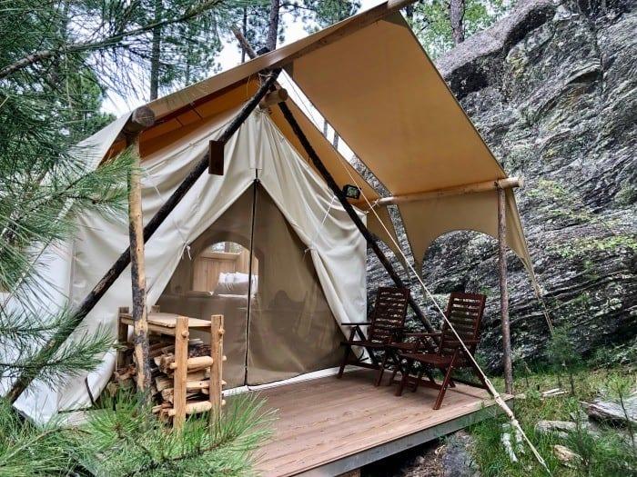 Under Canvas Mount Rushmore stargazer tent
