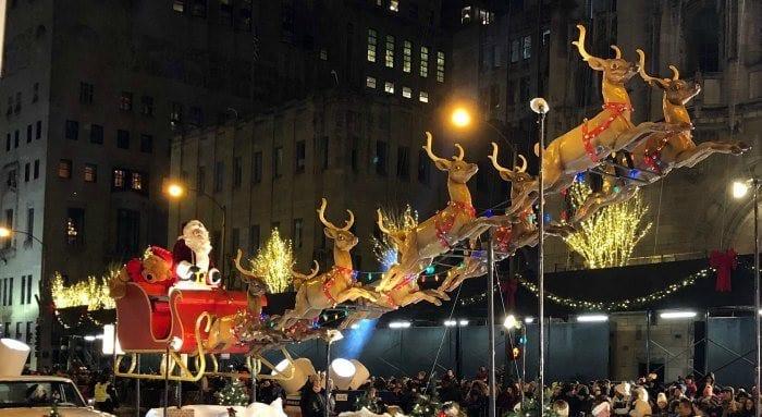 Magnificent Mile parade Santa Sleigh