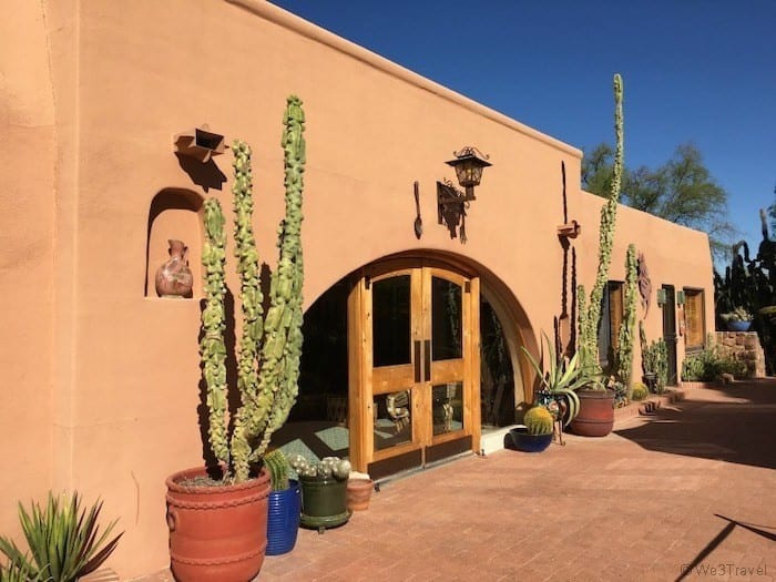 White Stallion Ranch Tucson Arizona dining room