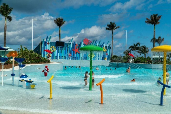 Wave pool at Thrill Waterpark