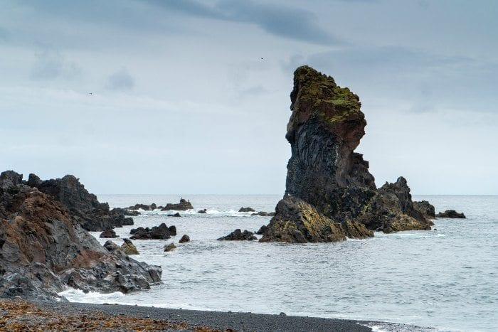 The black sand beach of Djúpalónssandur
