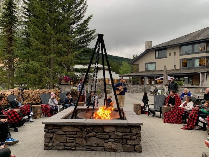 Pomeroy Kananaskis Lodge fire pit