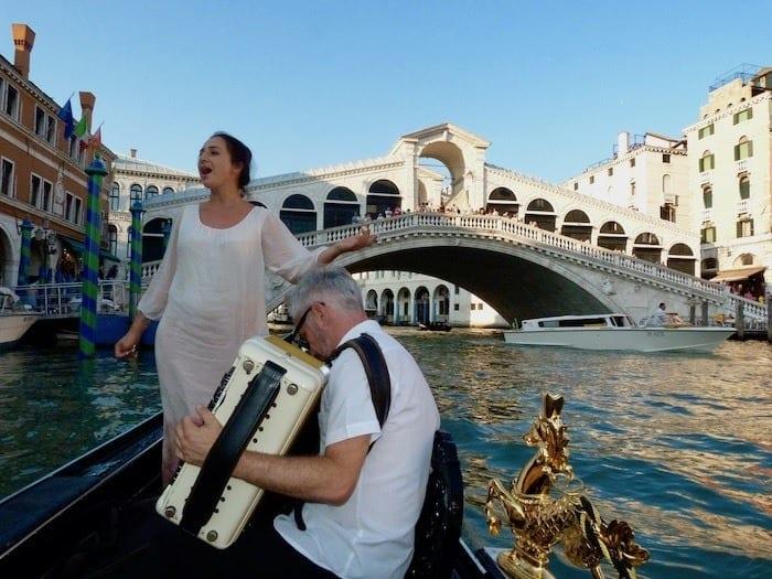 Singer on gondola