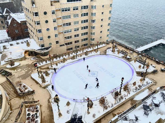 Edgewater ice rink