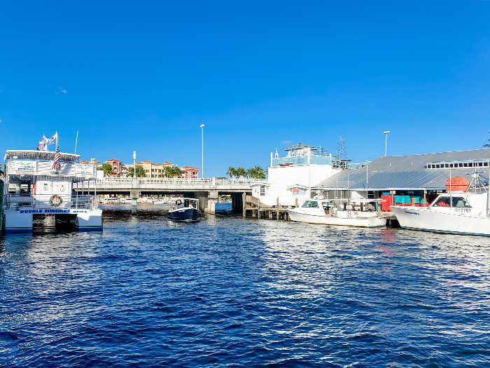 Pure Florida Boat Cruise and bridge in Tin City