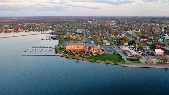 1000 Islands Harbor Hotel from above