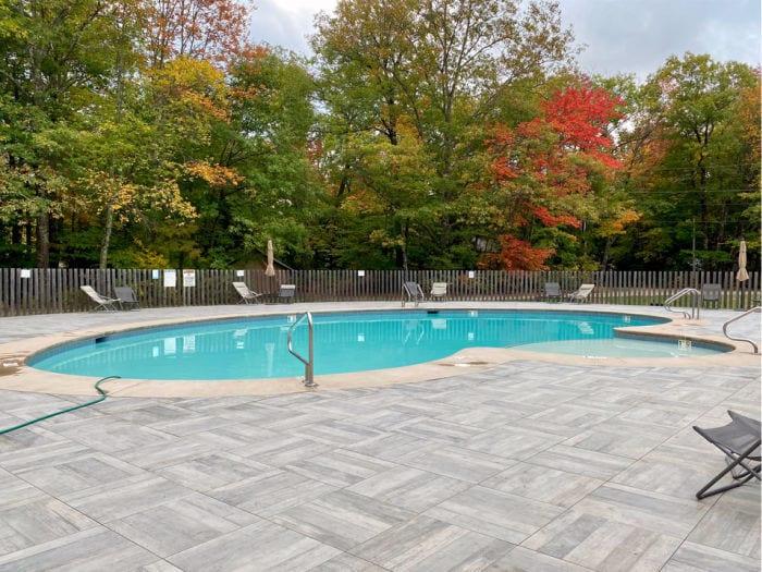 Huttopia heated pool