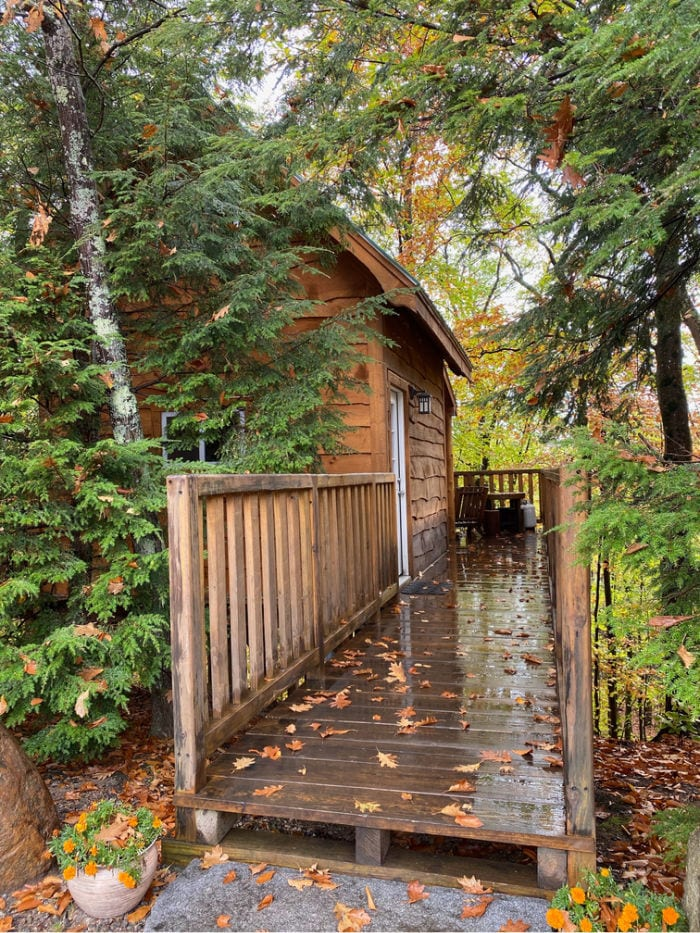 KOA Lincoln NH tree cabin entrance from the outside