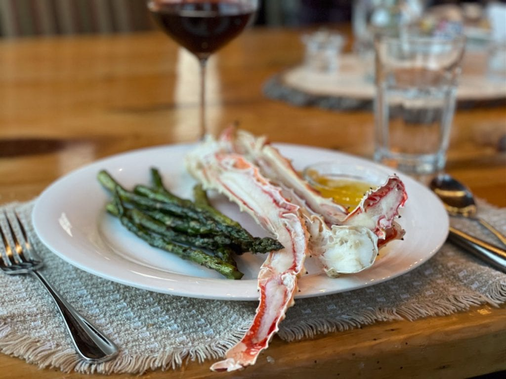 Asparagus and Alaskan king crab legs
