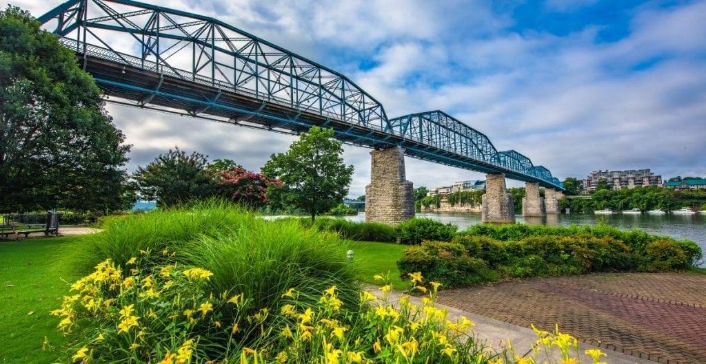 Bridge over river in Chattanooga (Canva)