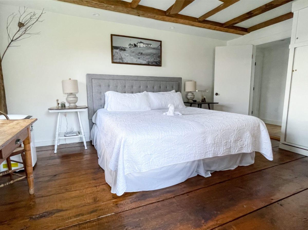 Bedroom at Inn at Schoppee Farm