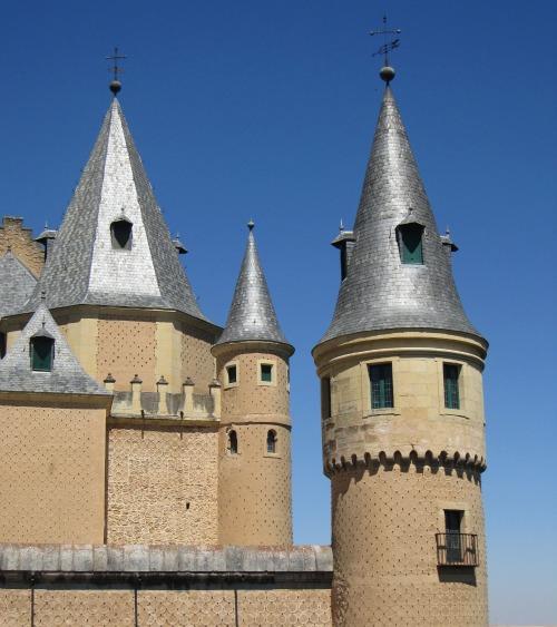 Alcazar de Segovia castle turrets | Sightseeing in Segovia we Kids | We3Travel