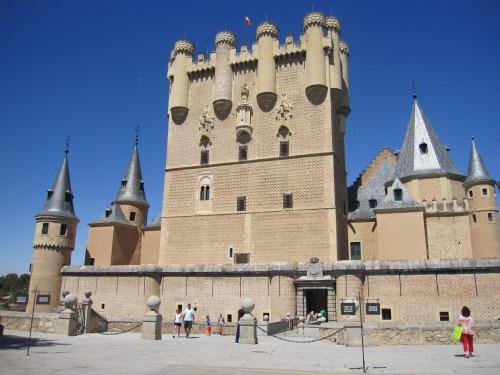 Alcazar de Segovia | Sightseeing in Segovia with Kids via We3Travel.com