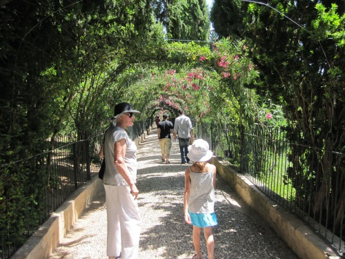 Alhambra | Visiting La Alhambra with kids via We3Travel
