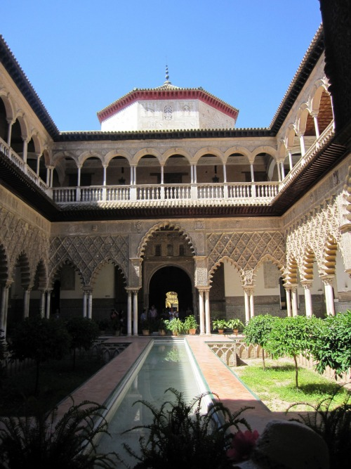 Alcazar Courtyard   What to do in Seville with Kids via We3Travel