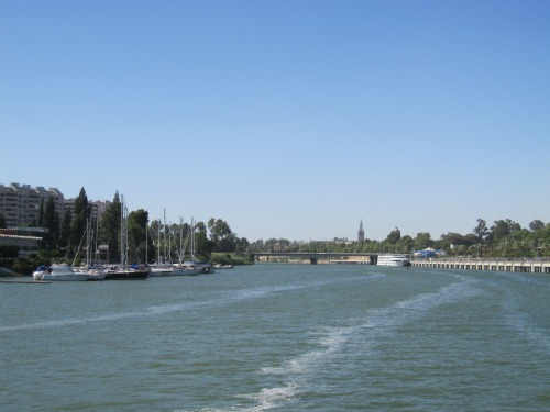 River cruise in Seville   What to do in Seville with Kids via We3travel