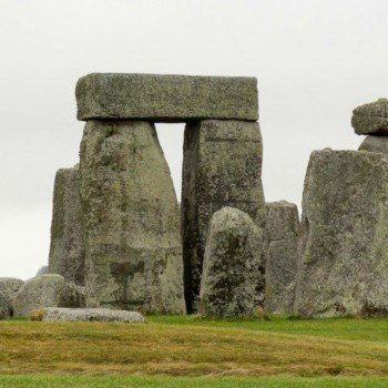 Day trips from London Stonehenge and Oxford