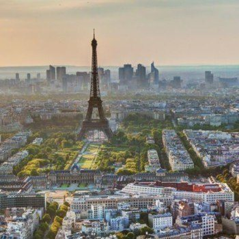 Virtual tour of Paris Eiffel tower and city view